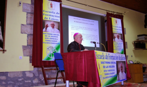 ESCUELA obispo